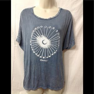 Women's size Large AMERICAN EAGLE soft & sexy tee